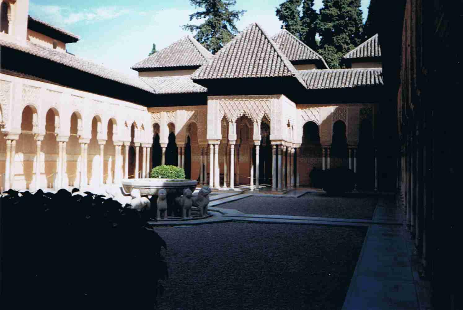 Löwenpalast, Palacio de los Leones