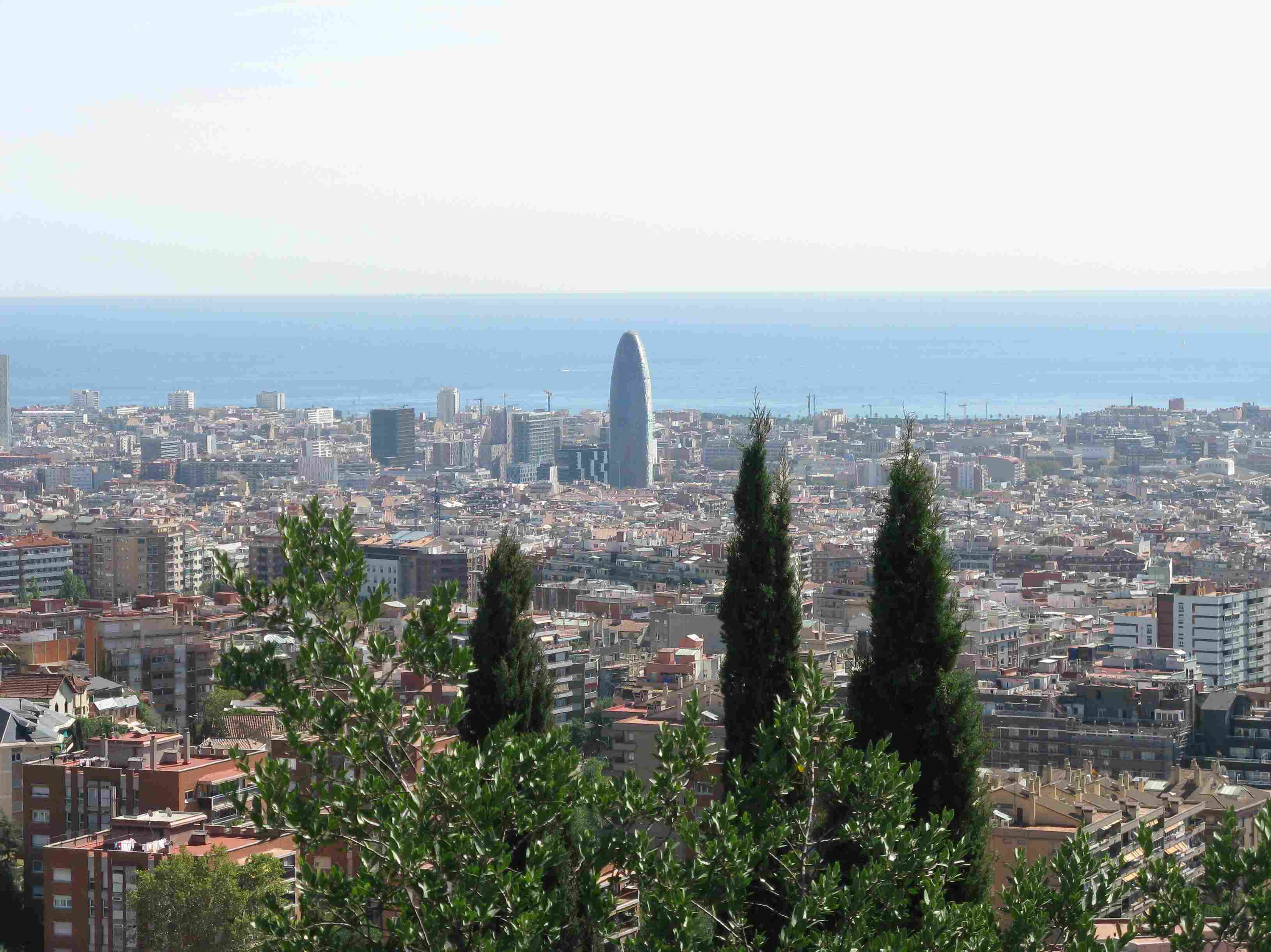 Plaza Guell